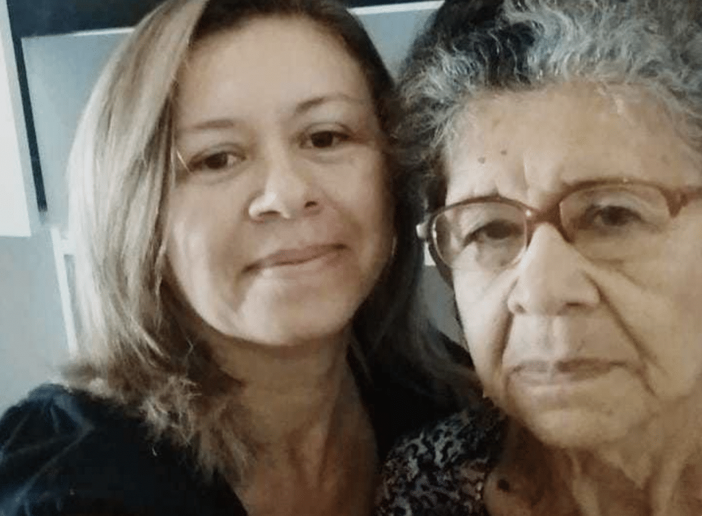 Airfunding fundraising was successful, and Bianca finally reunited with her mother in February 2019.